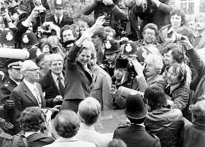 Margaret Thatcher festeggia prima elezione a Londra, 4 maggio 1979