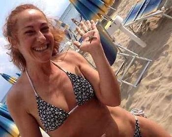 Paola Taverna al mare