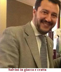 Salvini in giacca e cravatta