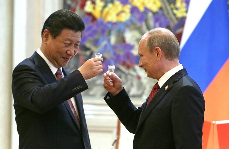 le democrazie sono cadute in letargia, oggi Cina e Russia scrivono la storia